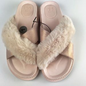 Joe's Jeans Faux Fur Nude Pink Slide Sandals 7